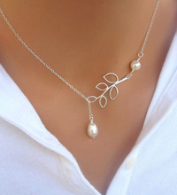 European and American fashion personality leaves of imitation pearl pendant necklace chain clavicle woman transverse 8 word(China (Mainland))