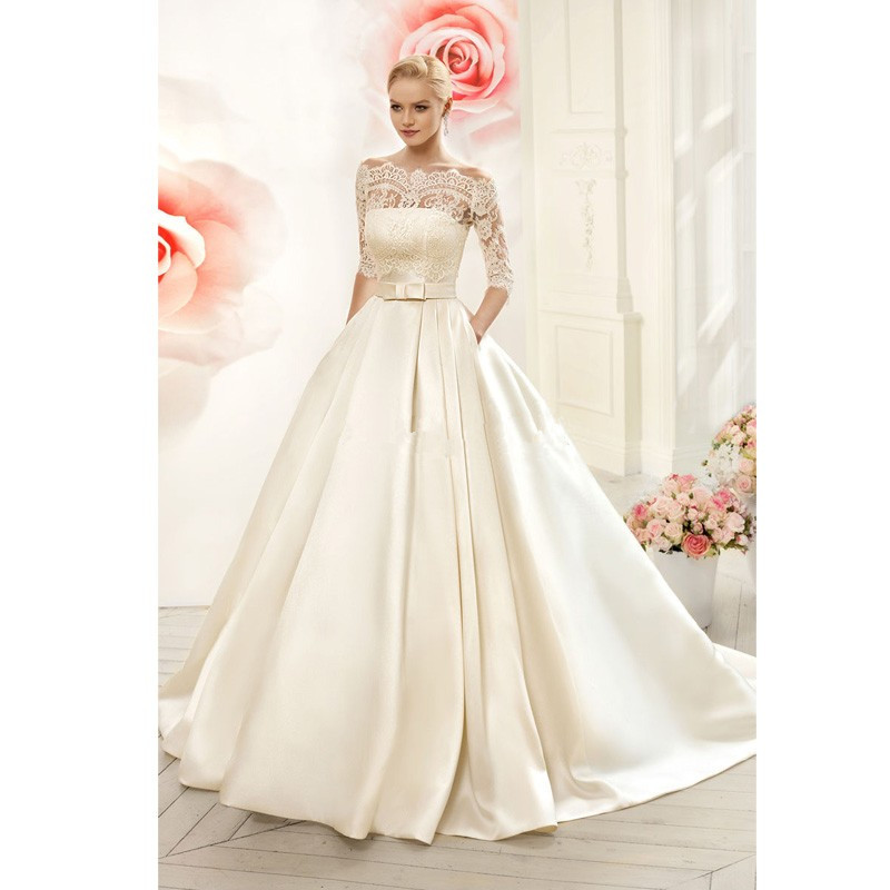 Charming luxury lace boat neck three quarter champagne Lace button back wedding dress
