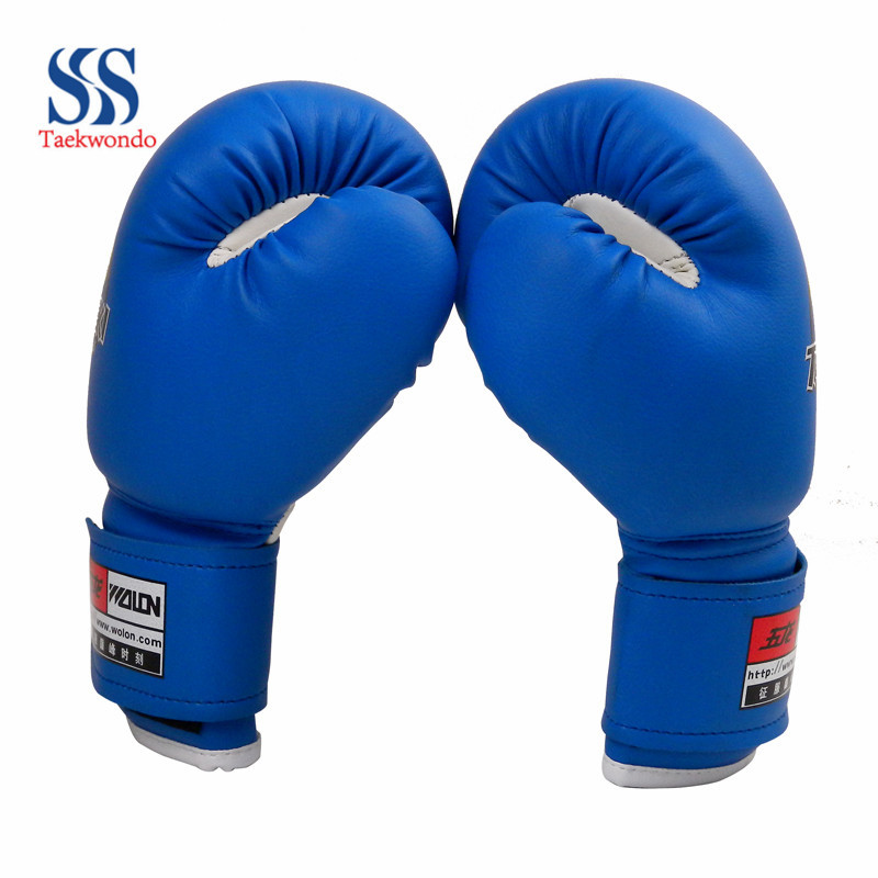 Child guard boxing gloves boxing gloves hit sandbag gloves forming a glove red and blue
