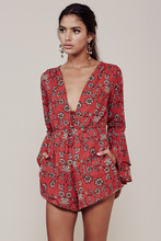 Women Love Pale Peach Pia Romper Layered Flared Sleeves Side Pockets Floral Printed Chiffon Rompers Summer Sexy Jumpsuits(China (Mainland))