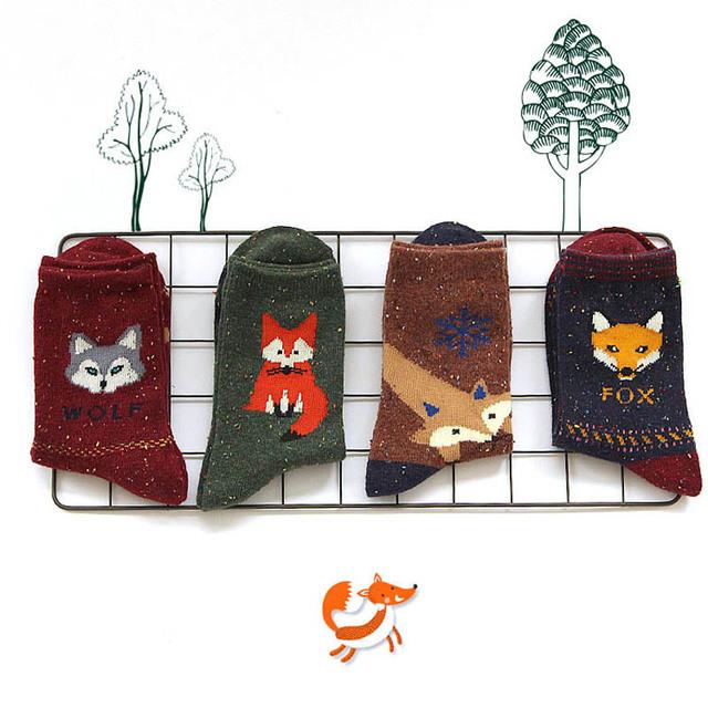 2015 новых корейских каваи животных шерстяные носки зима осень женщины сова кошка олень фокс волк мультфильм рисунком носок симпатичные термоноски