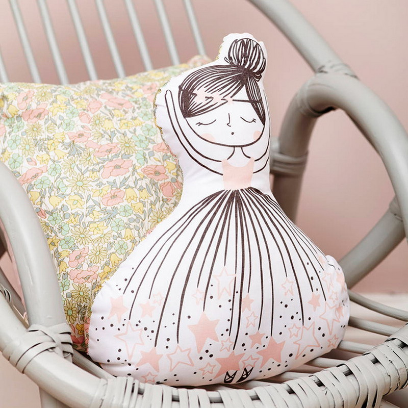 INS hot little girl soft toy cute Swan cushion& pillow home decoration pillow baby appease doll with music kids toy girls gift(China (Mainland))