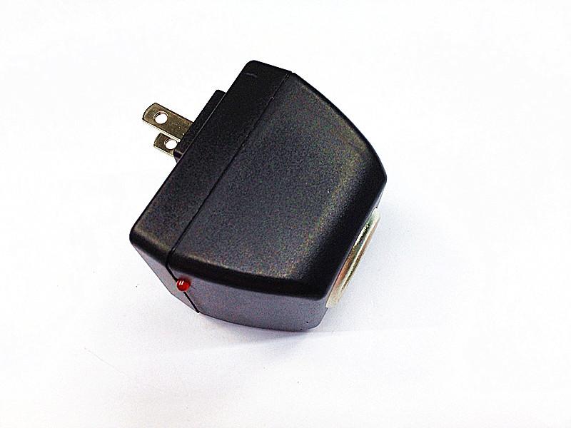 2pcs/lot 90-240V AC to12V DC US Car Power Adapter Converter Cigarette Lighter Socket(China (Mainland))