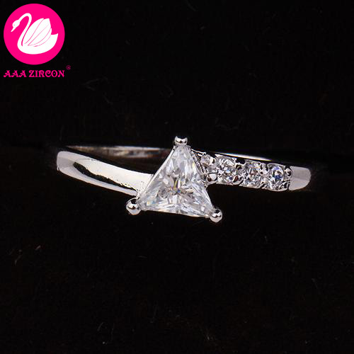 triangular cut wedding ring