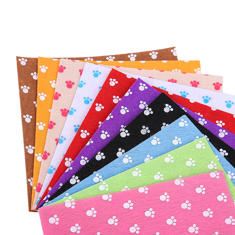 Printed Felt, Non-woven fabrics 1 mm thickness polyester fabric for sewing dolls Crafts Home Decoration Pictures Set 10pcs15x15c(China (Mainland))