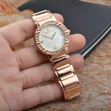 2015 New Elegant Swan Back Dial Women Quartz watches Fixed with Crystal