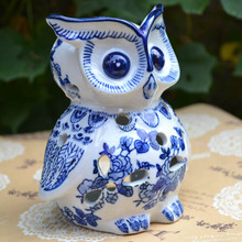 13cm tall Jingdezhen Blue & White Porcelain vintage handmade cute ceramic tealight owl candle holder home decoration(China (Mainland))