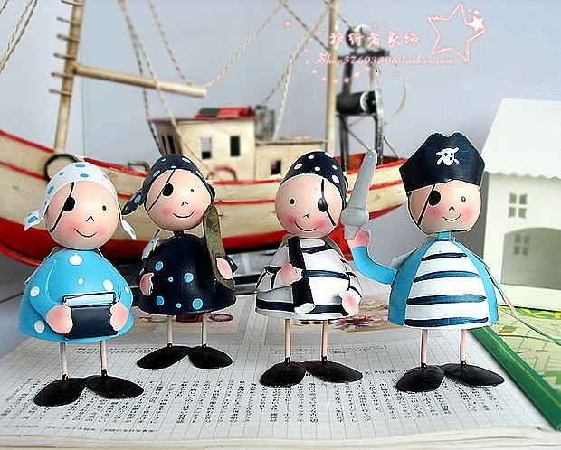 Home decoration cartoon pirate soft metal doll bookcase decoration fashion wedding gift(China (Mainland))