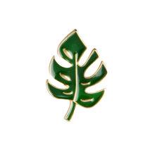Semplice Del Fumetto Pianta Verde Albero di Cocco Cactus forma di Foglia Spilla Spilli FAI DA TE Pulsante Spille Giacca di Jeans Spille Distintivo spilla Regalo gioielli(China)