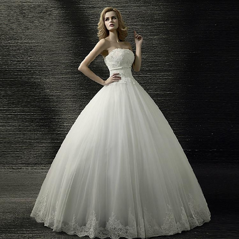 2016 Hot Sale High Quality Simple Wedding Dress Ball Gown Strapless Beading White Wedding