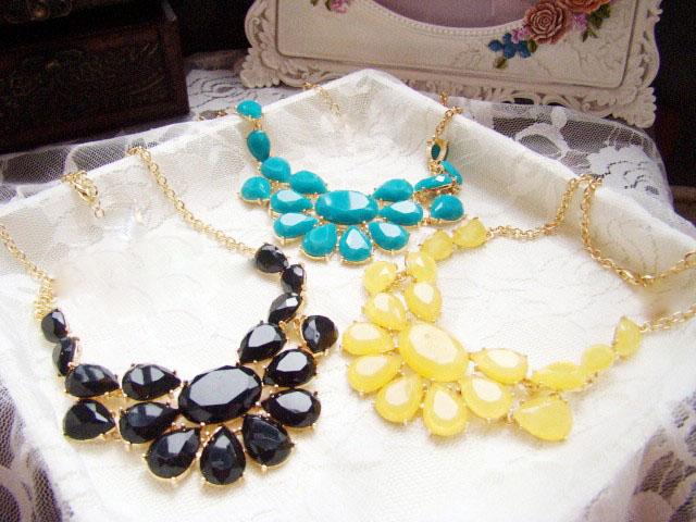Hot Factory Price Fashion Luxury Multicolour Acrylic Gem Drop Necklace & Pendant Style Banquet Decoration Necklace(China (Mainland))