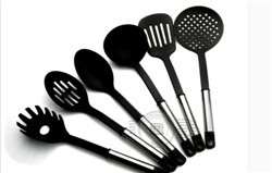 6 pcs utensil tool Heat resistant nylon material+ stainless steel handle heat-resistant kitchenware(China (Mainland))