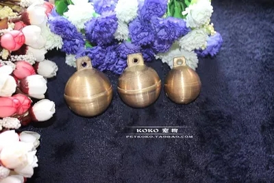 Pure brass earth round bell wholesale Big dog pet bell two hunting horse cattle and sheep bells large dog(China (Mainland))