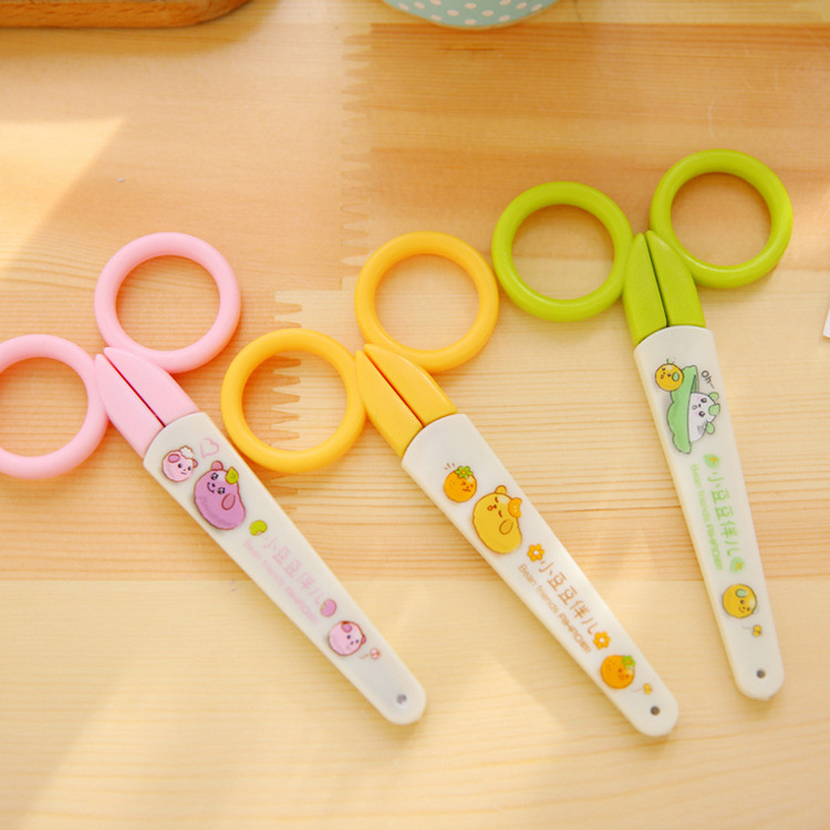 NEW Student safety scissors child handmade art paper cutting tool plastic stationery tesoura ciseaux les ciseaux tijeras Z004(China (Mainland))