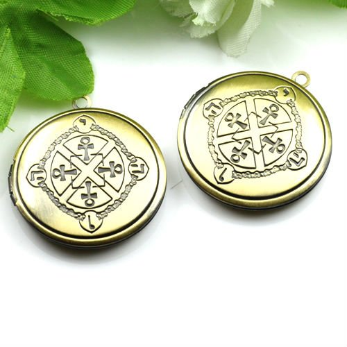 Pendant DIY Brass Bronze Copper European Antique Style Round Cross Studded Prayer Box Photo Locket Jewelry 1111009(China (Mainland))