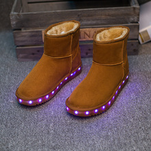 Nueva fábrica al por mayor de los hombres y de las mujeres en invierno resplandor LEDluminous nieve zapatos calientes de algodón zapatos usb recargable envío gratis(China (Mainland))