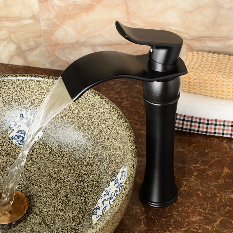 Купить Высокое качество Масло Втирают Бронзовый Водопад Ванной Бассейна Кран Одной Ручкой Раковина Смеситель Tapgrifo para омовения рук