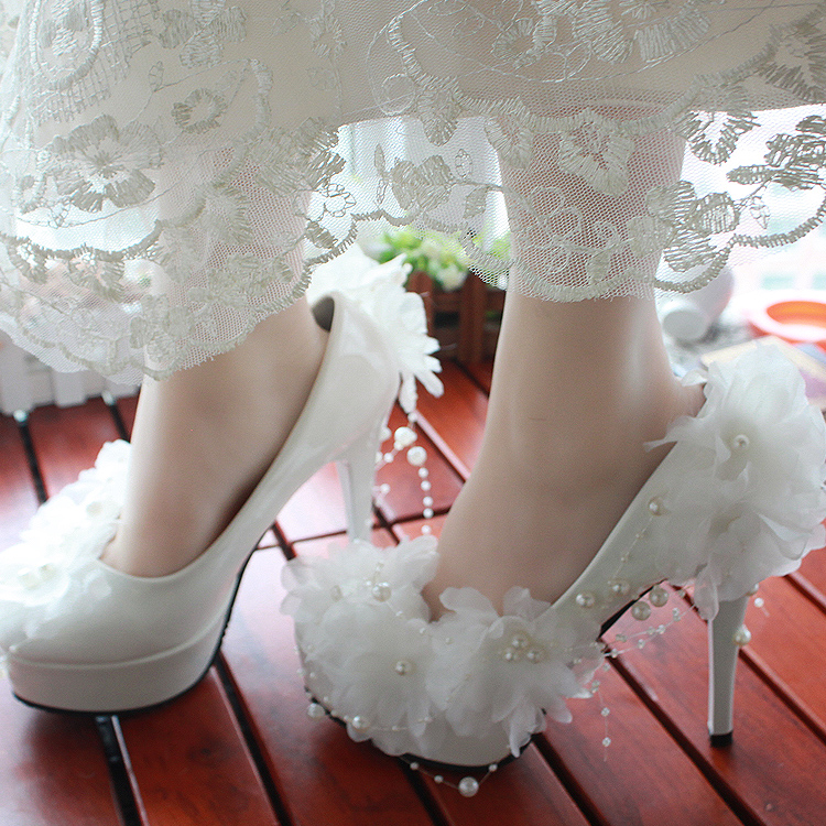 Star quality white high-heeled wedding shoes the bride wedding shoes lace rhinestone bridesmaid shoes formal dress shoes(China (Mainland))