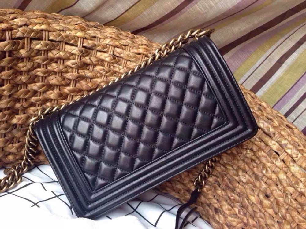 Здесь продается  Classic lambskin/caviar medium 25cm cover shoulder bags Boy women genuine leather messenger bag handbag  black color 2016 new  Камера и Сумки