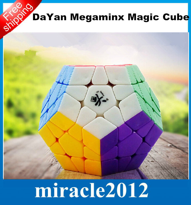 2015 hot sale DaYan Megaminx 1 12-axis 3-rank Dodecahedron Magic Cube - Multicolor Puzzle Educational Toy Special Toys(China (Mainland))