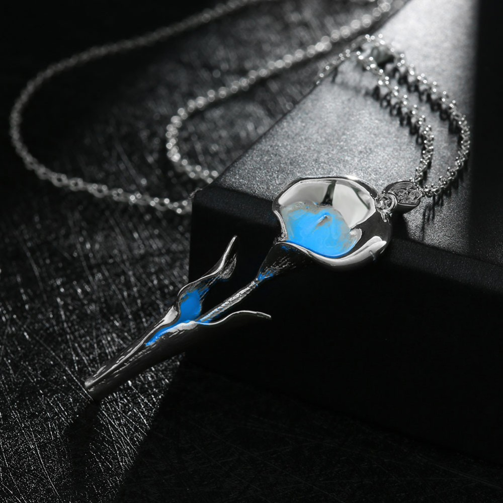 Hot Sale Silver Jewelry Fashion Luminous Lily Flower Pendant Necklace Glow In The Dark For Women Night Light Wholesale