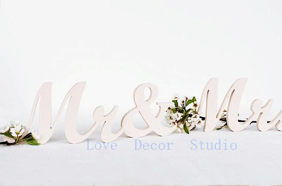 free shipping  Mr and Mrs sign wedding pvc wooden letters painted DIY custom colors sweetheart table signs decor gift idea(China (Mainland))