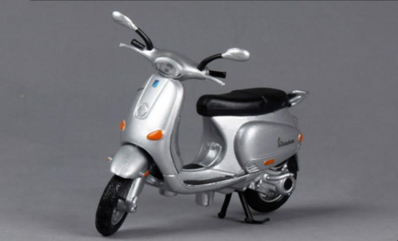 Metro 1:18 Motocycles Vespa Small scooter Alloy Scale Model Mini Diecast Motor Bike Kids Toys Men Gift(China (Mainland))