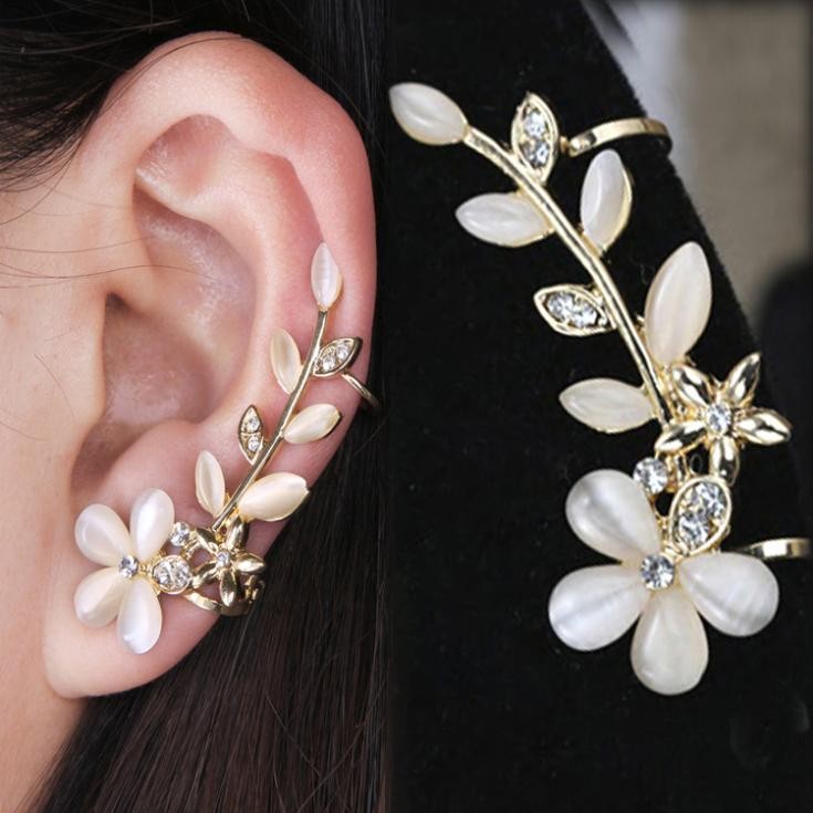 1pc Chic Retro Flower Shape Rhinestone Crystal Left Ear Cuff Stud Earring Wrap Clip Clamp New Fine Jewelry EAR-044914(China (Mainland))