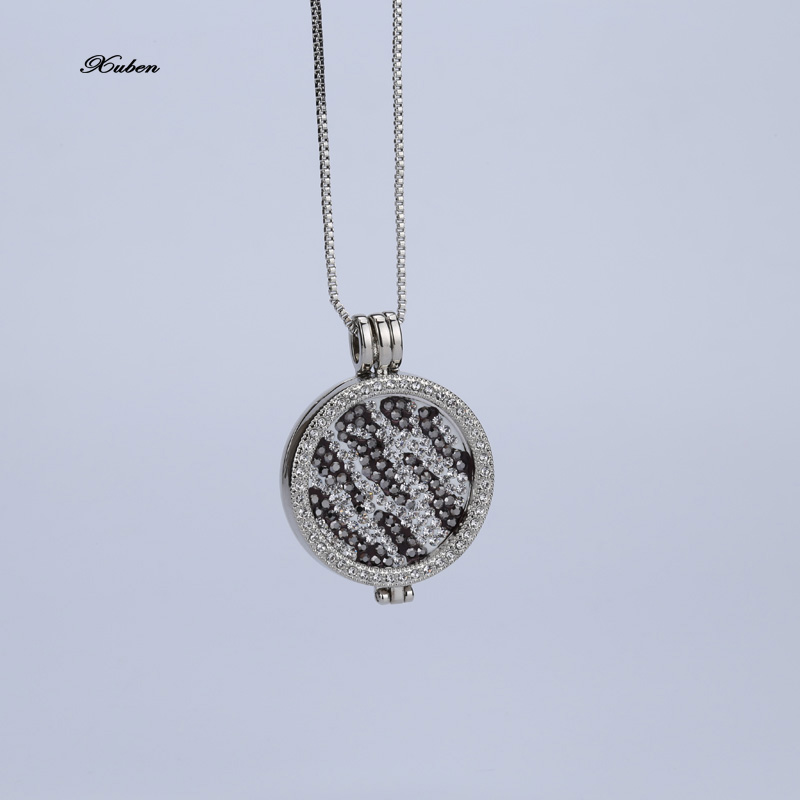 80cm silver chain with 33mm medium carrier and Deluxe multi Pacific black white crystal coin set pendant necklace 35mm holder(China (Mainland))