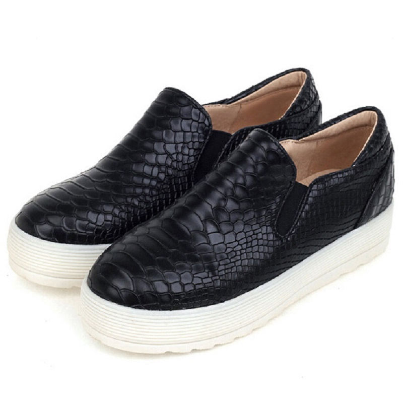 most popular brand crocodile loafers flats shoes for
