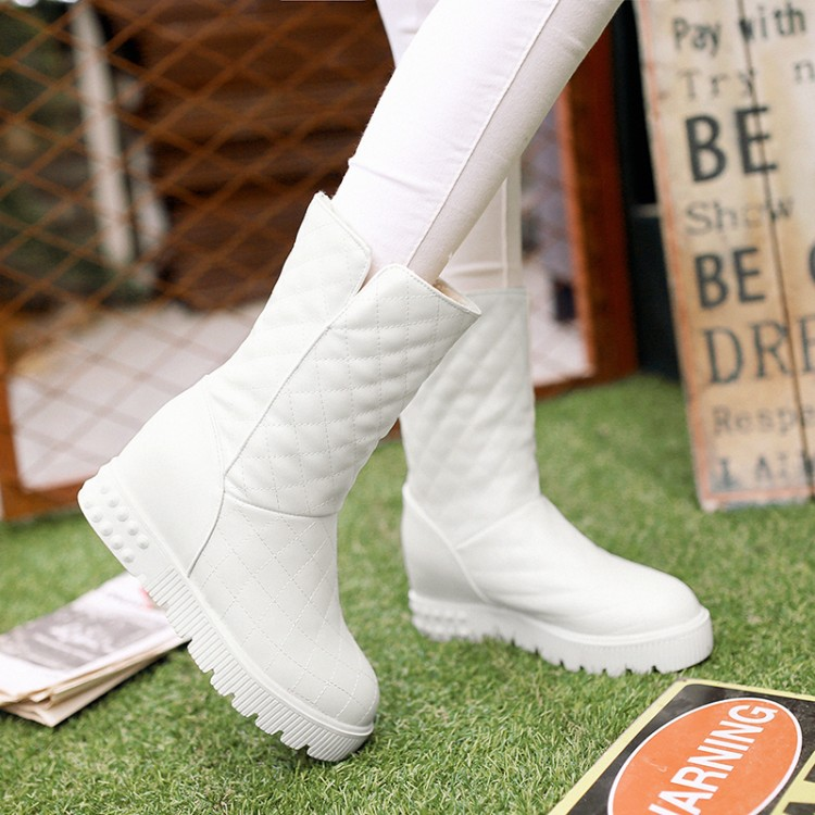 Гаджет  2015 Big Size 34-43 Women Ankle boots Quilted Snow boots Patch Fur Plush Inside Warm Thick Wedge boots Sweet Style woman shoes None Обувь