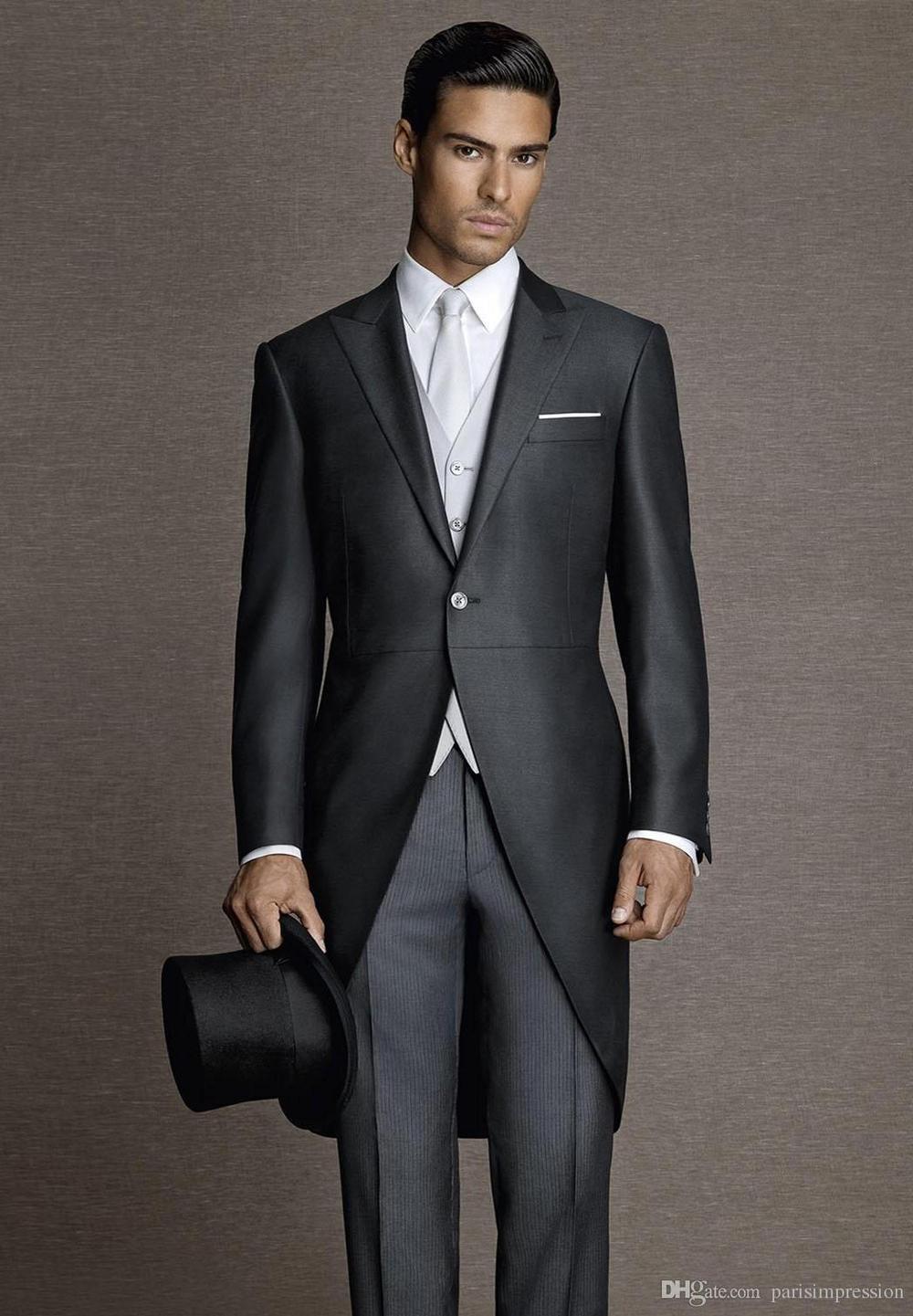 New arrival vintage black men tailcoats peaked lapel wedding suits for