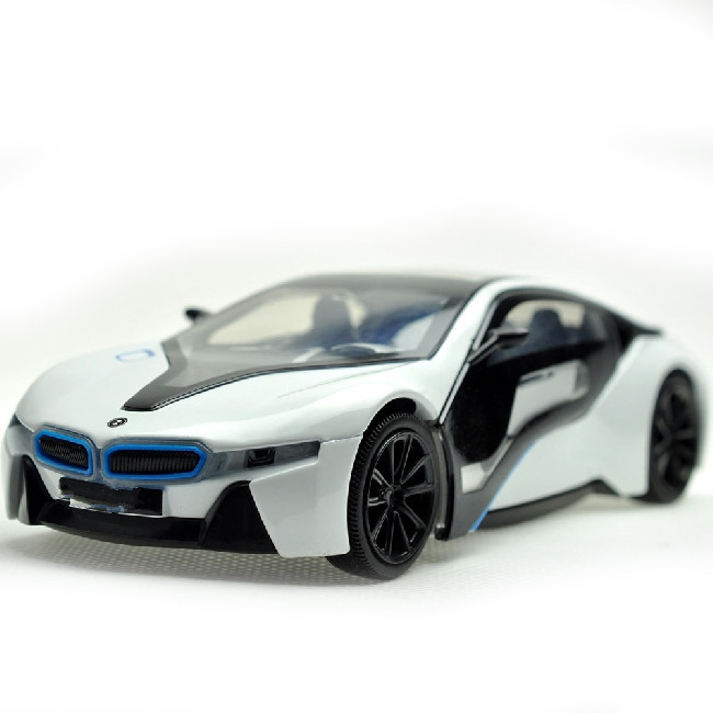 Luxury eye-catching 1:32 Scale Alloy Mental Diecast Vehicle Car Model car toy(China (Mainland))