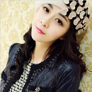 2014 Limited Hot Sale Bonnets Gorro Hats Qiu Dong Jingjing Subsection Pearl Love Hat, Beret Female Heart Colour Matching Caps(China (Mainland))