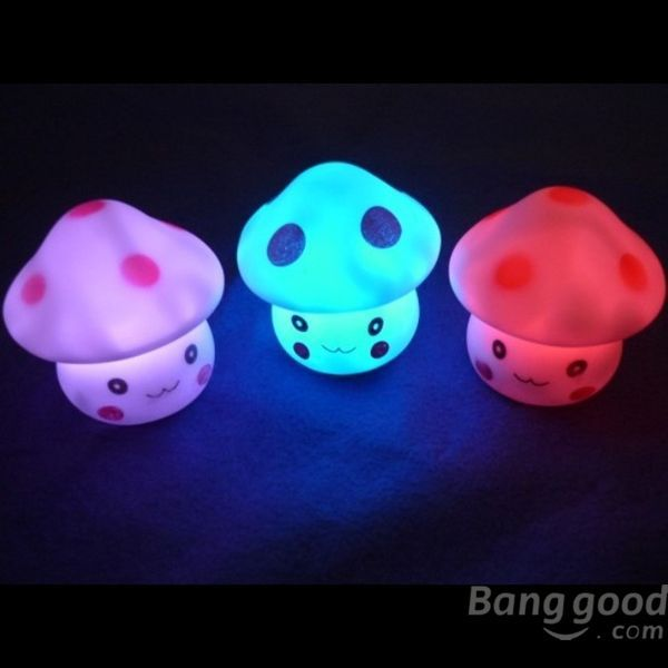 New Hot sale discount Novelty Lovely Mushroom Color Changing LED Night Light Decoration promotion free shipping(China (Mainland))