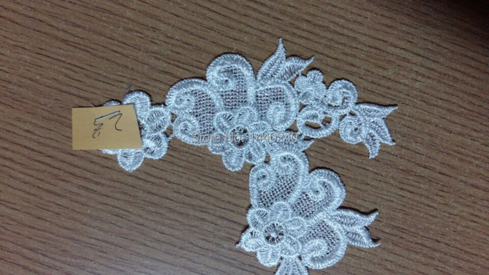 Free shipping 10 pieces red /Ivory Water Soluble Lace Fabric Sewing Wedding Dress Applique/Lace patch 002(China (Mainland))