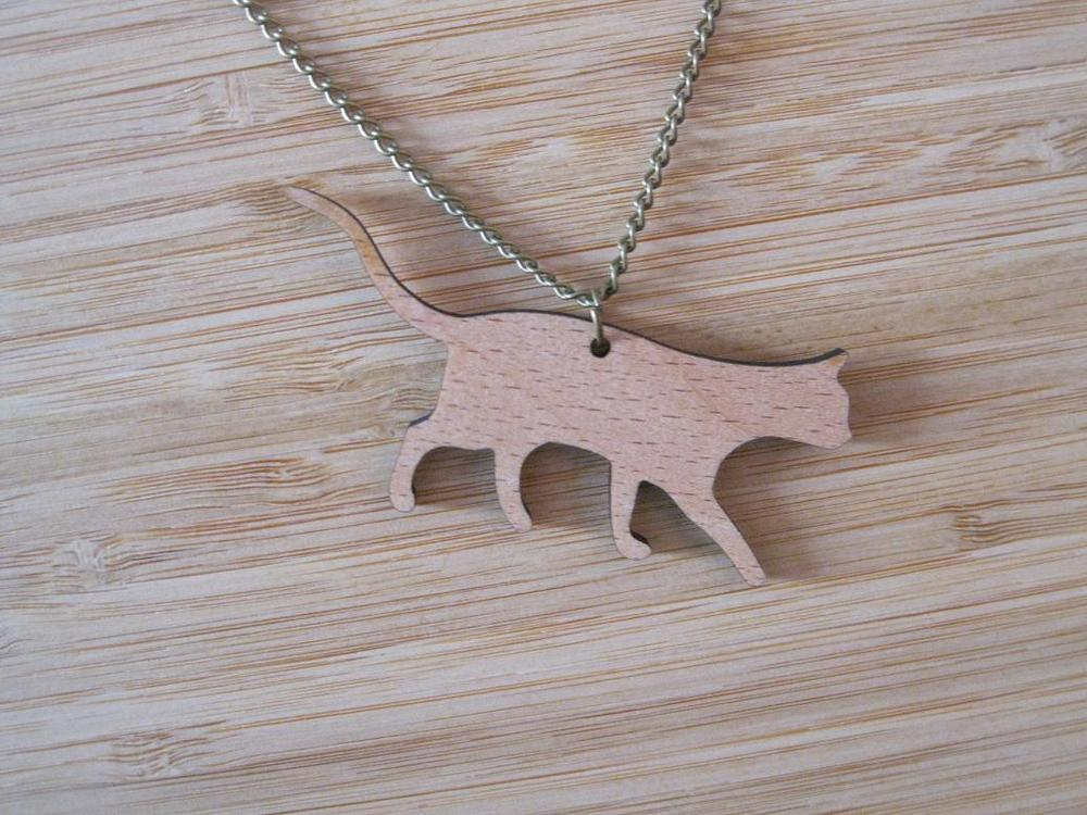 Cute Cat Design Pendant Charm Fashion Jewelry Lovely Wooden Cats Chain Necklaces(China (Mainland))