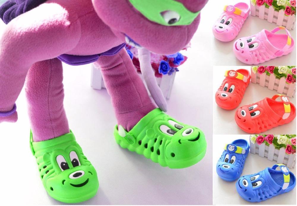 Hot sale 2015 Summer Children beach shoes pantufa mules and clogs kids eva hole boys girls