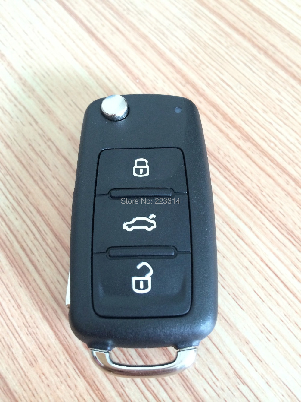 New Original Flip Remote Key For VW 5K0 837 202 AD 433MHZ With 48 CAN Chip Inside Excellent Quality <br><br>Aliexpress