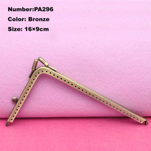 PA296 Purse Frame Hanger Embossing Triangle 16cm Bronze Metal Clasps Purses Accessories Handles Handbags Diy Bag Parts(China (Mainland))