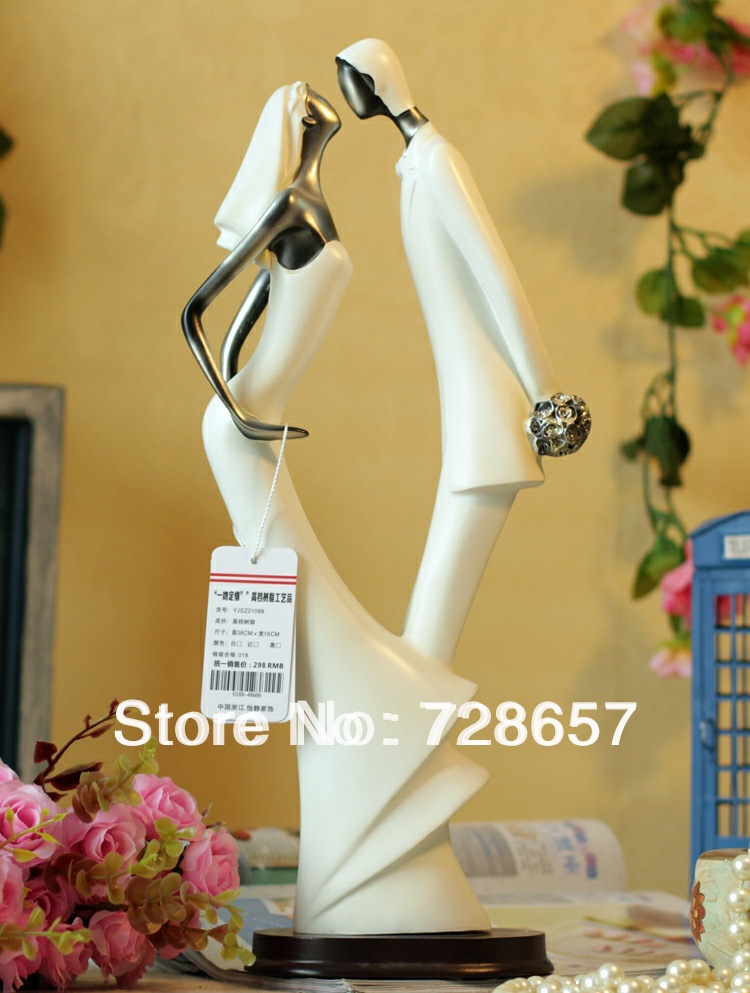 Romantic Abstract Wedding Couple Statue Resin Lovers Kissing Figurine ...