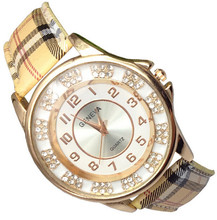 1 unids nueva red de la llegada cuero del cuarzo del reloj ginebra del reloj de moda dress Rhinestone para mujer relojes de pulsera relojes femeninos 226