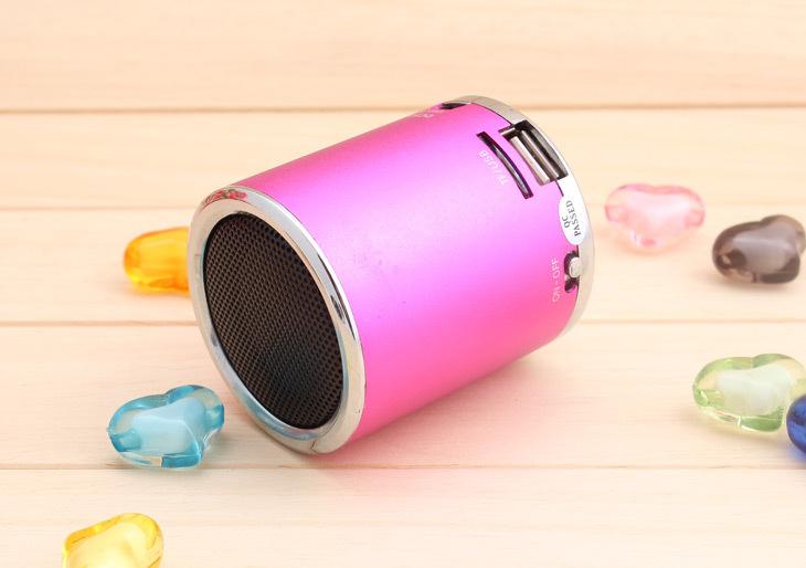 Cheap price 20pcs Portable MA-02 speaker ,USB Mini speaker, Cylinder Shaped Speaker,TF Card Music Player DHL Free shipping(China (Mainland))