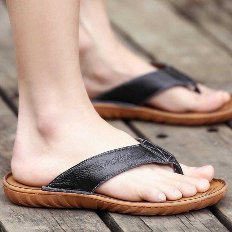 Summer new clip toe sandals male leather sandals Korean tidal casual men slip slippers wear sandals