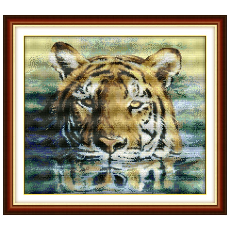 A Tiger in Water Patterns Counted Cross Stitch 11CT 14CT Cross Stitch Sets Chinese Cross-stitch Kits Embroidery Needlework(China (Mainland))