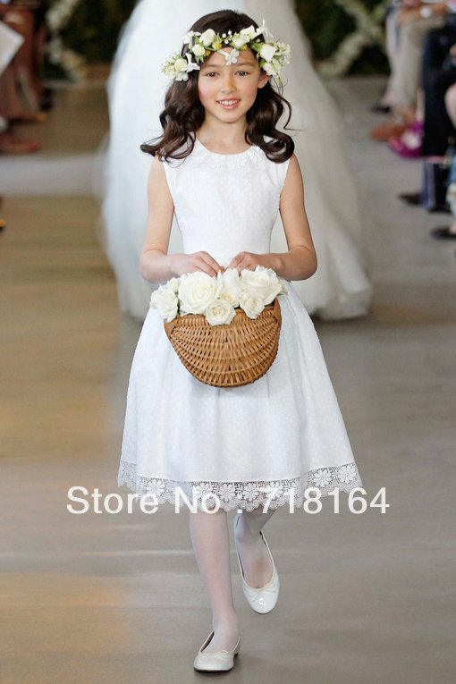 Brand new white lace satin scoop neck pattern flower girl dress junior bridesmaid dress girls pageant dress custom free shipping(China (Mainland))