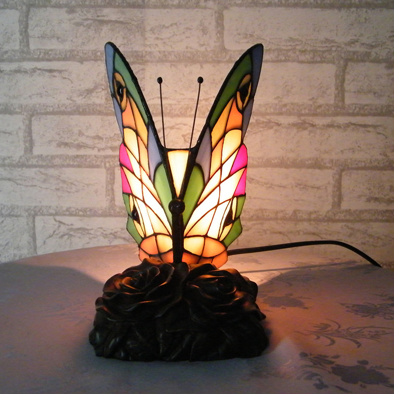 Butterfly Table Lamp Bedroom Decoration Tiffany Butterfly Night Light Handmade Stained Glass Tiffany Desk Table Lamps Resin Base(China (Mainland))