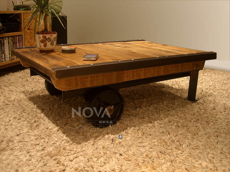 American country wrought iron coffee table wood coffee for Does a living room need a coffee table
