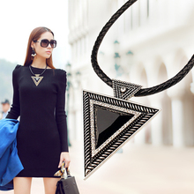 2015 Vintage Jewelry Triangle Statement Necklace Rhinestone Necklaces & pendants Leather Chain Dress Costume Item N14(China (Mainland))