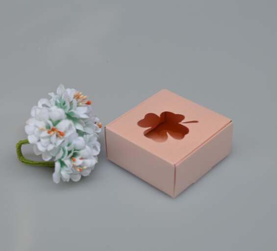 Size 6.5*6.5*3cm, craft paper box ,PINK boxes wholesale , gift box with flower WINDOW paper(China (Mainland))